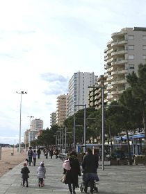Platja dAro main beach and passeo